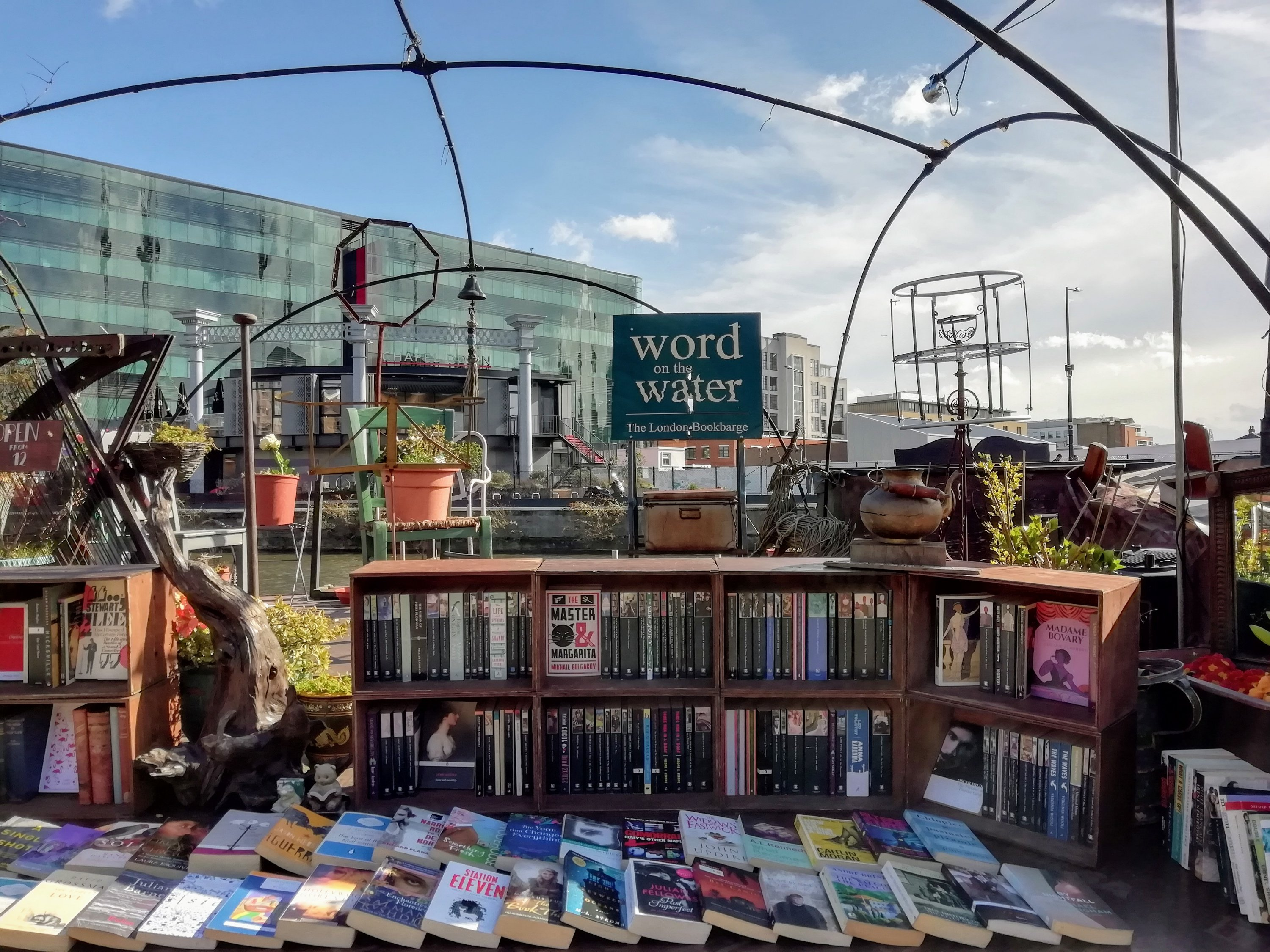 Best Cheap and Secondhand Bookshops in London 1